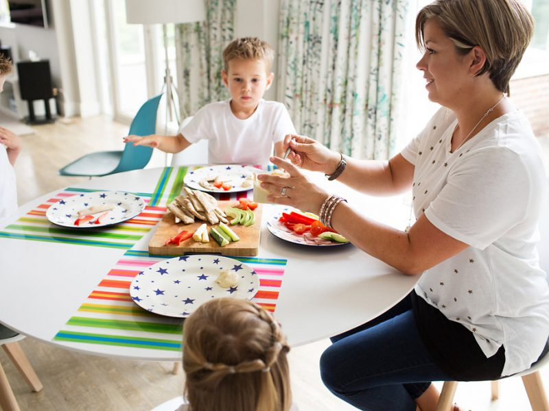 Encouraging Happy Mealtimes